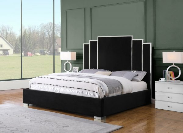 |Black Velvet Uph. Platform Bed|Queen Bed|
