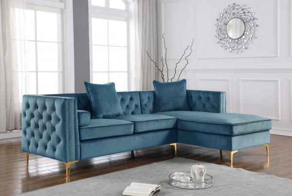 2-Piece Velvet Sectional with Tufted Buttons Square Pillows