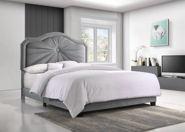 Panel bed with Tufted Button in the Middle and Nailhead Trim Around. 3 Colors to Choose: Black grey or Navy Blue