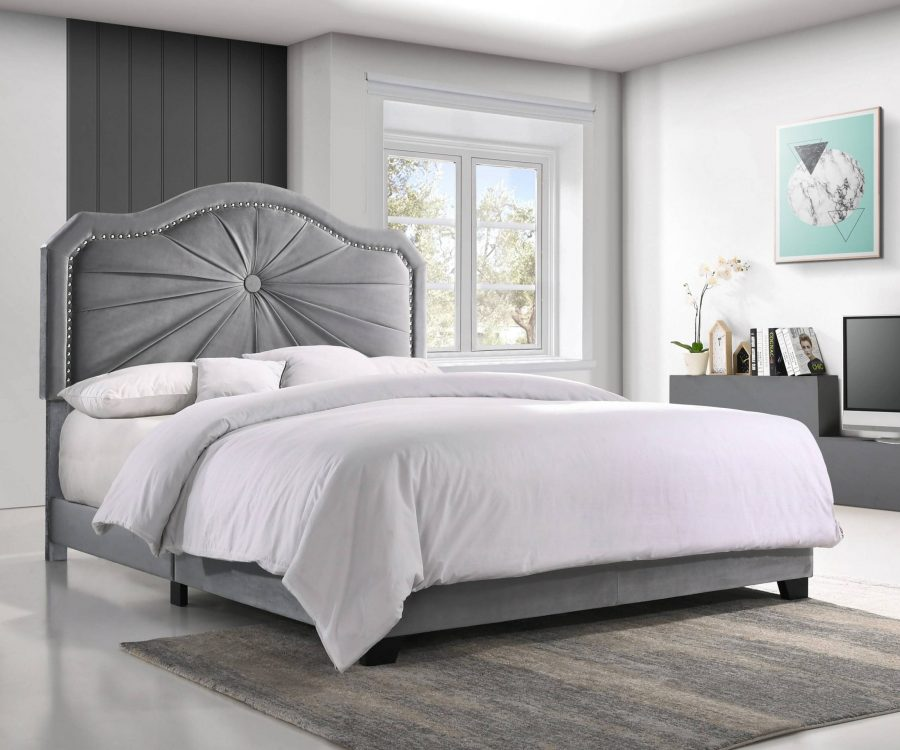 Panel bed with Tufted Button in the Middle and Nailhead Trim Around. 3 Colors to Choose: Black|grey or Navy Blue
