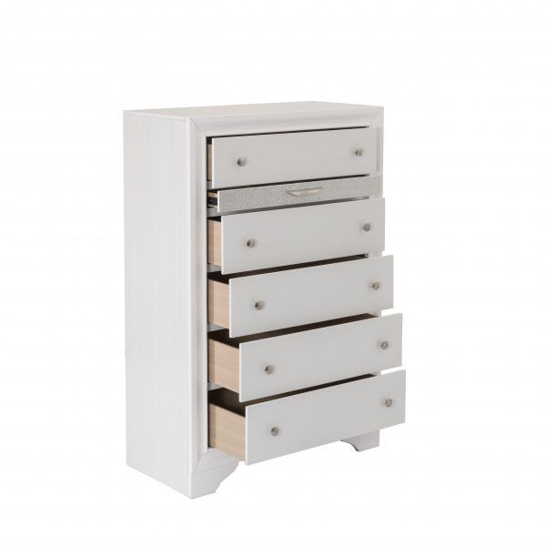   Chest with 5 Drawers and 1 Jewelry Drawer